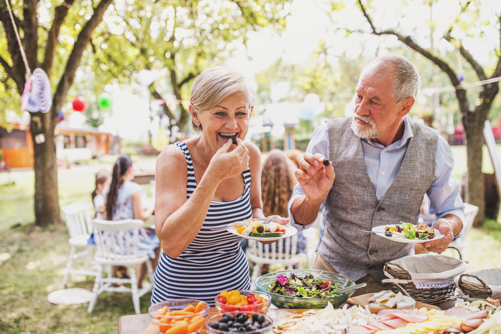"alt=""senior outdoor health"""